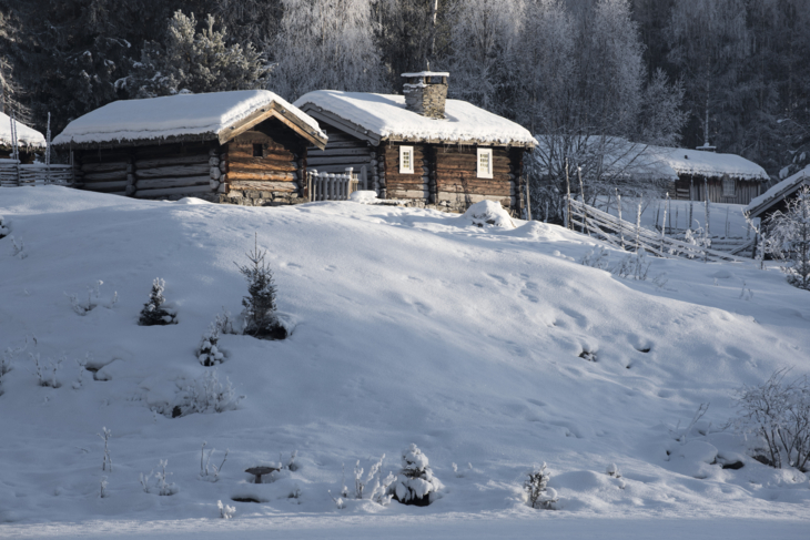The mountain farms at Maihaugen in the winter.
