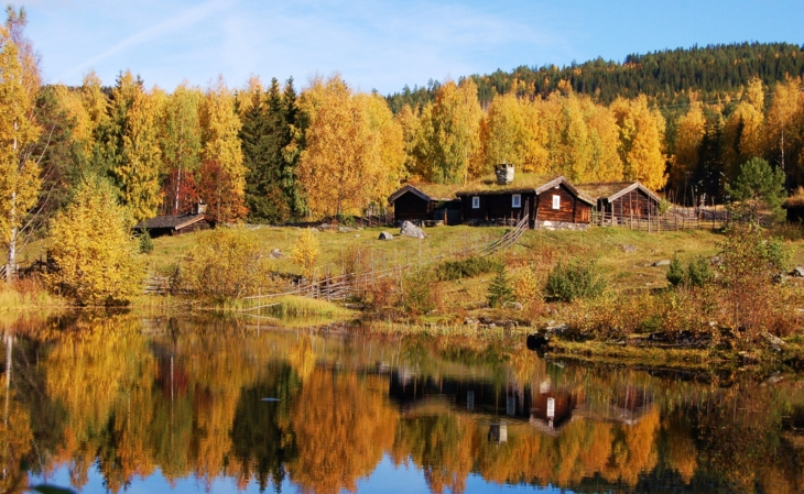 The mountain farms at Maihaugen in the autumn.